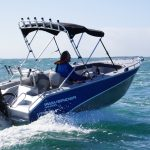 Waverider 450 Bowrider, small offshore plate boat