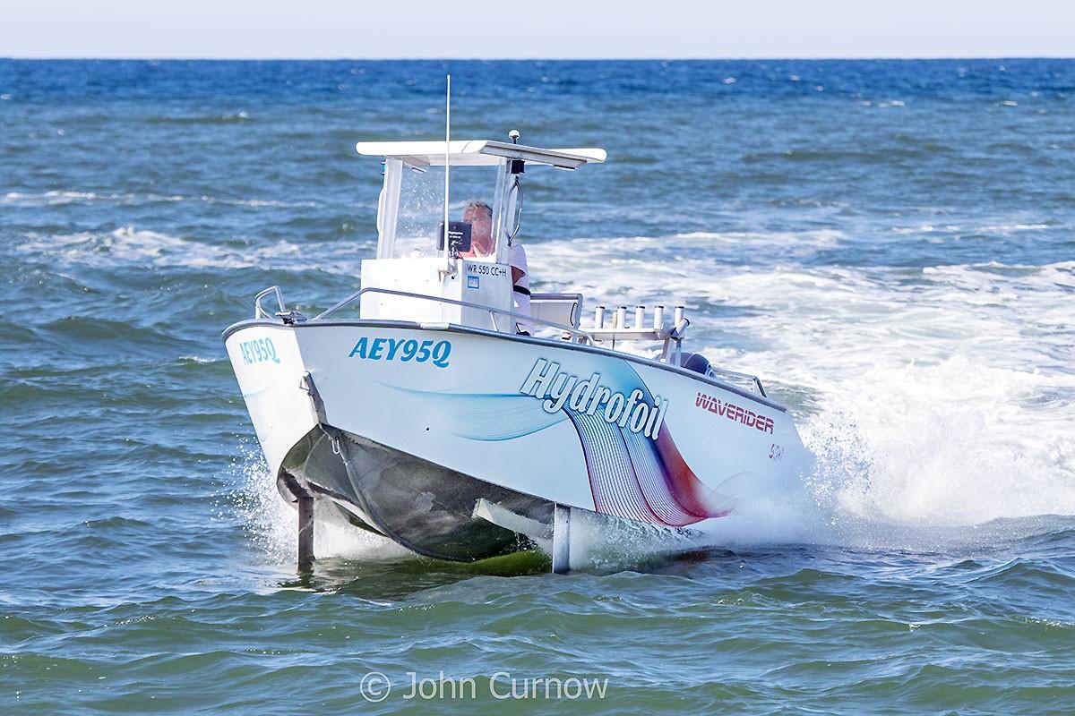 WR550CC + Hydrofoils