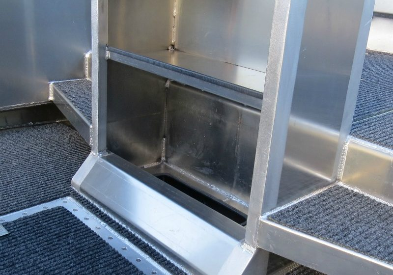 The centre console features a foot rest, a shelf and a hole so if the water exceeds the height of the footrest, the safety of the boat isn't compromised but floods the bottom of the hull instead.
